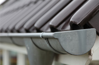 gutter repairs loughton